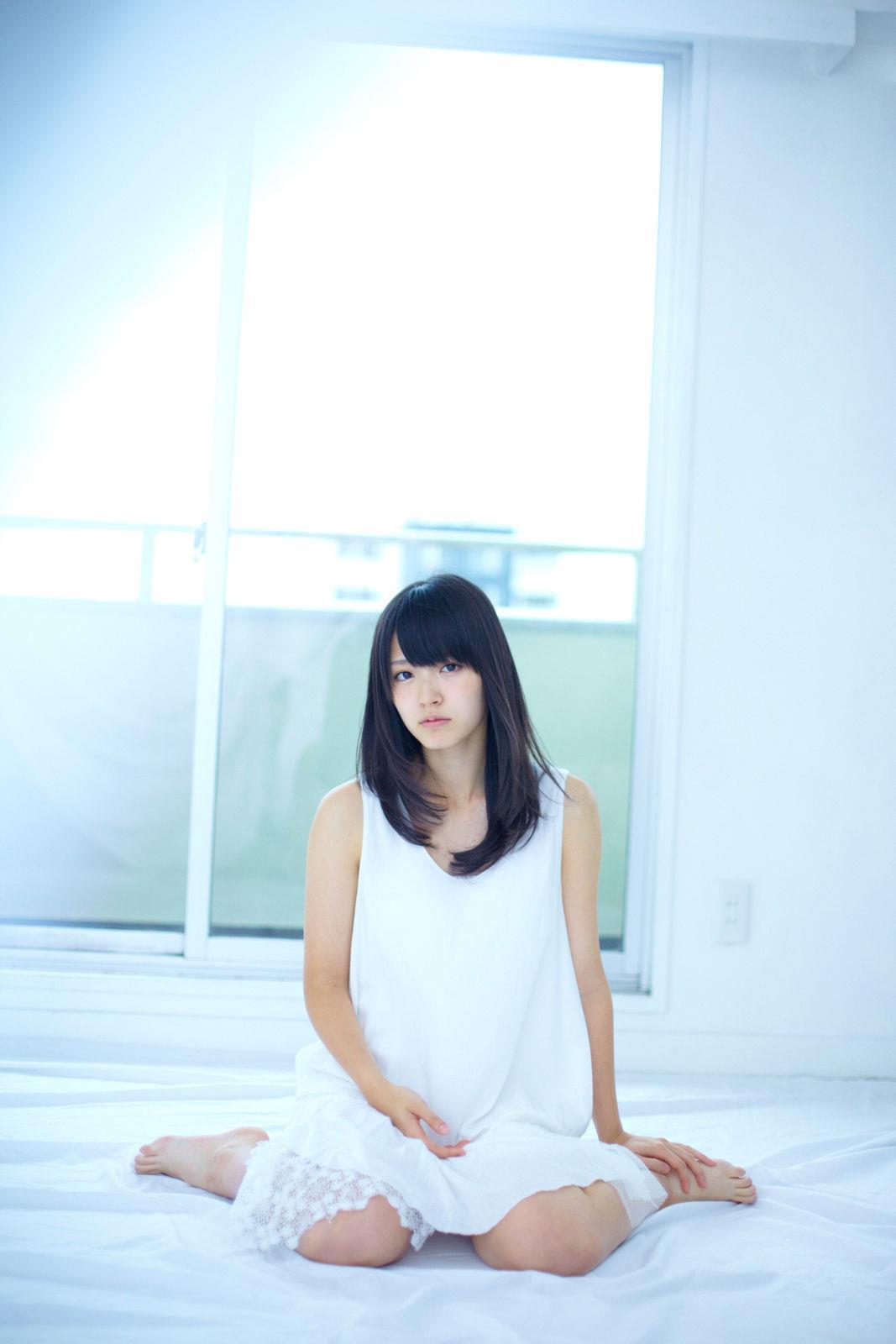 鈴木愛理(℃-ute) セクシー画像 32