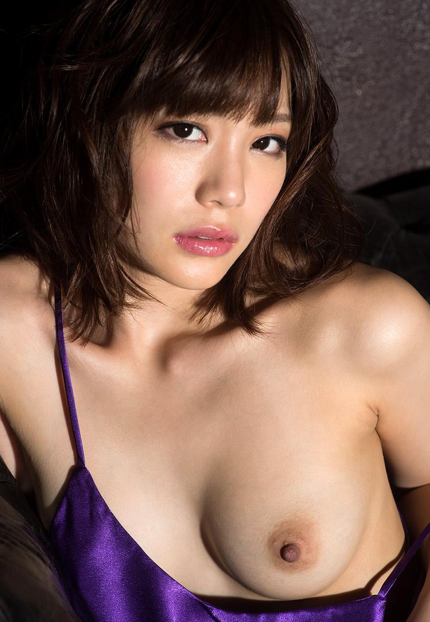 鈴村あいり 最新ヌードが高画質で観れるエロ画像 95枚