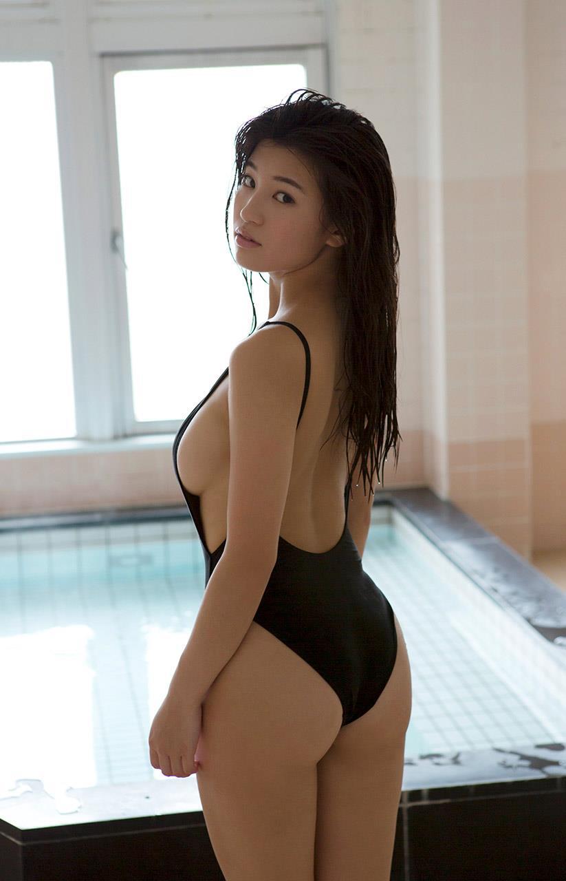高崎聖子 セクシー画像 61