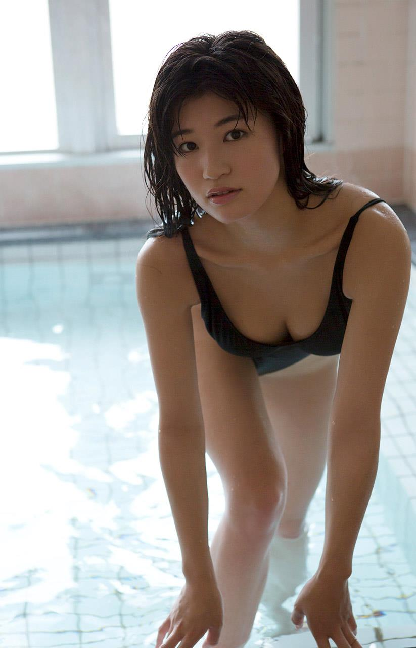 高崎聖子 セクシー画像 71