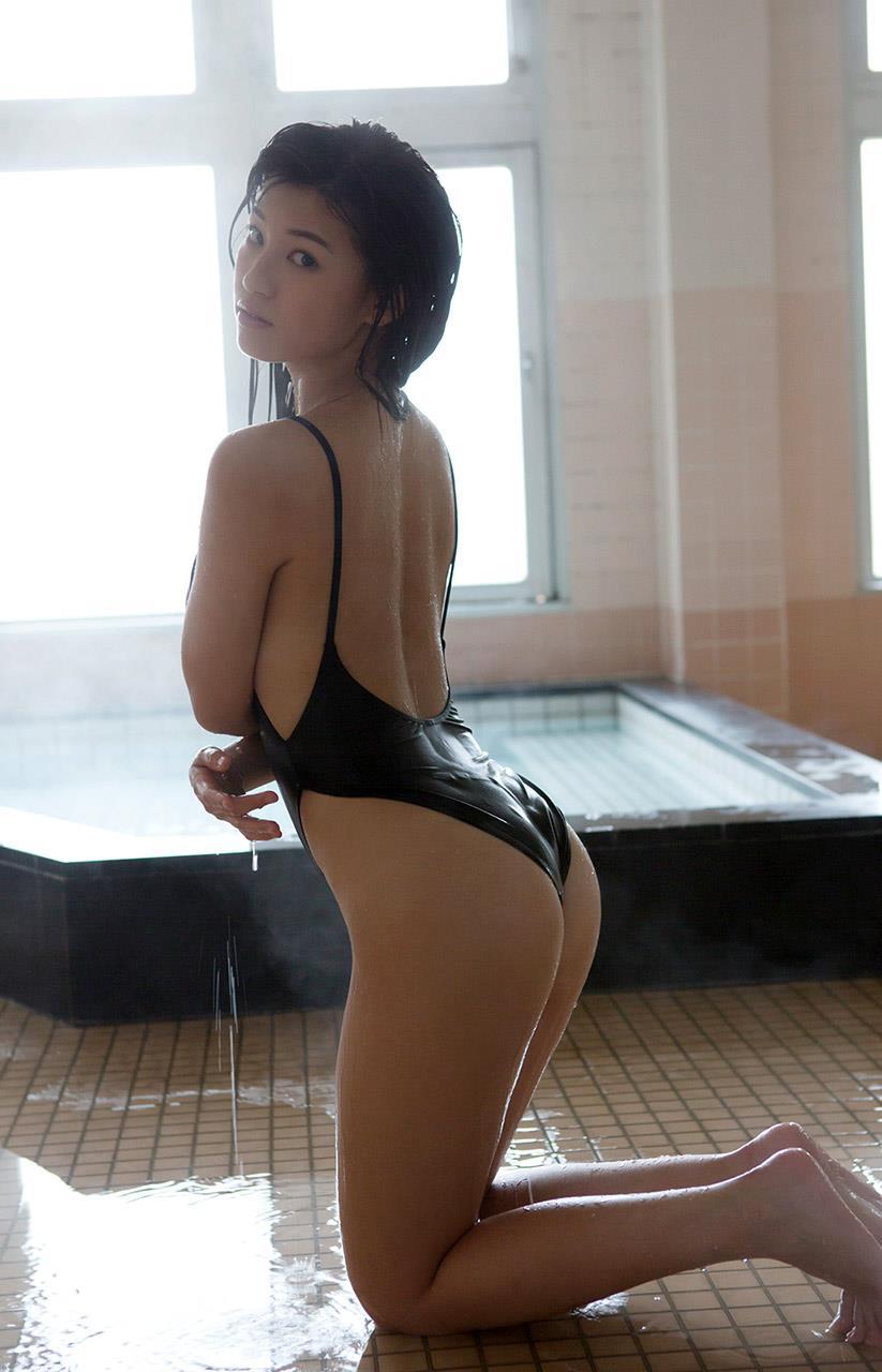 高崎聖子 セクシー画像 80