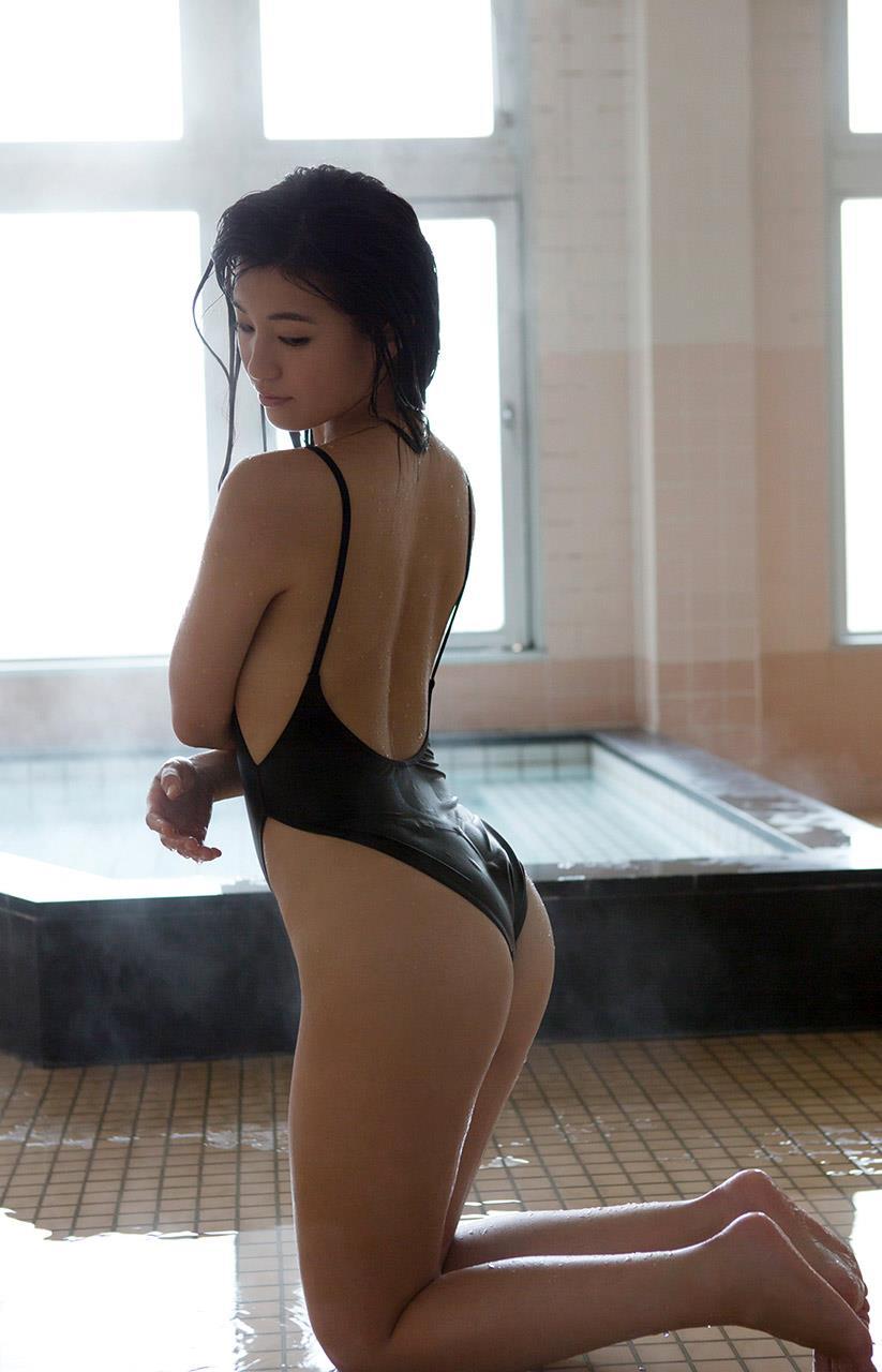 高崎聖子 セクシー画像 81