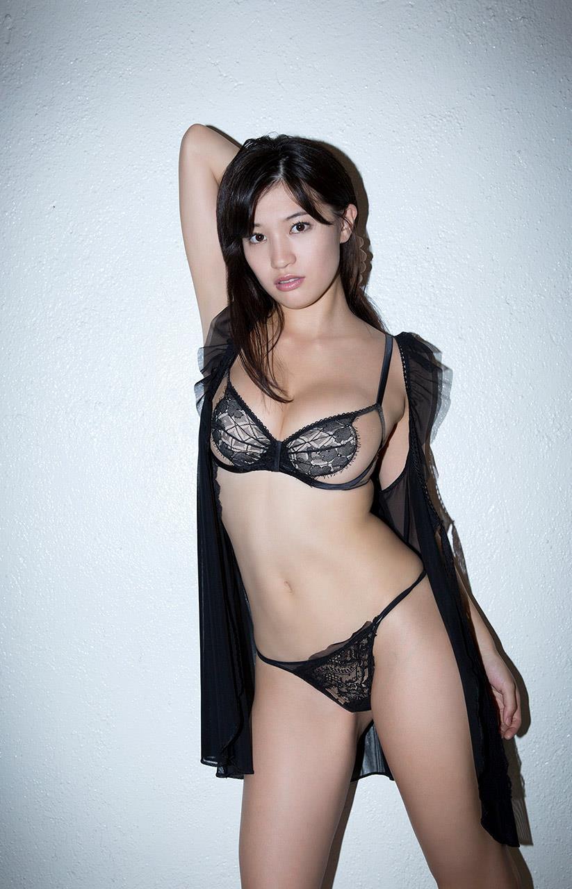 高崎聖子 セクシー画像 83