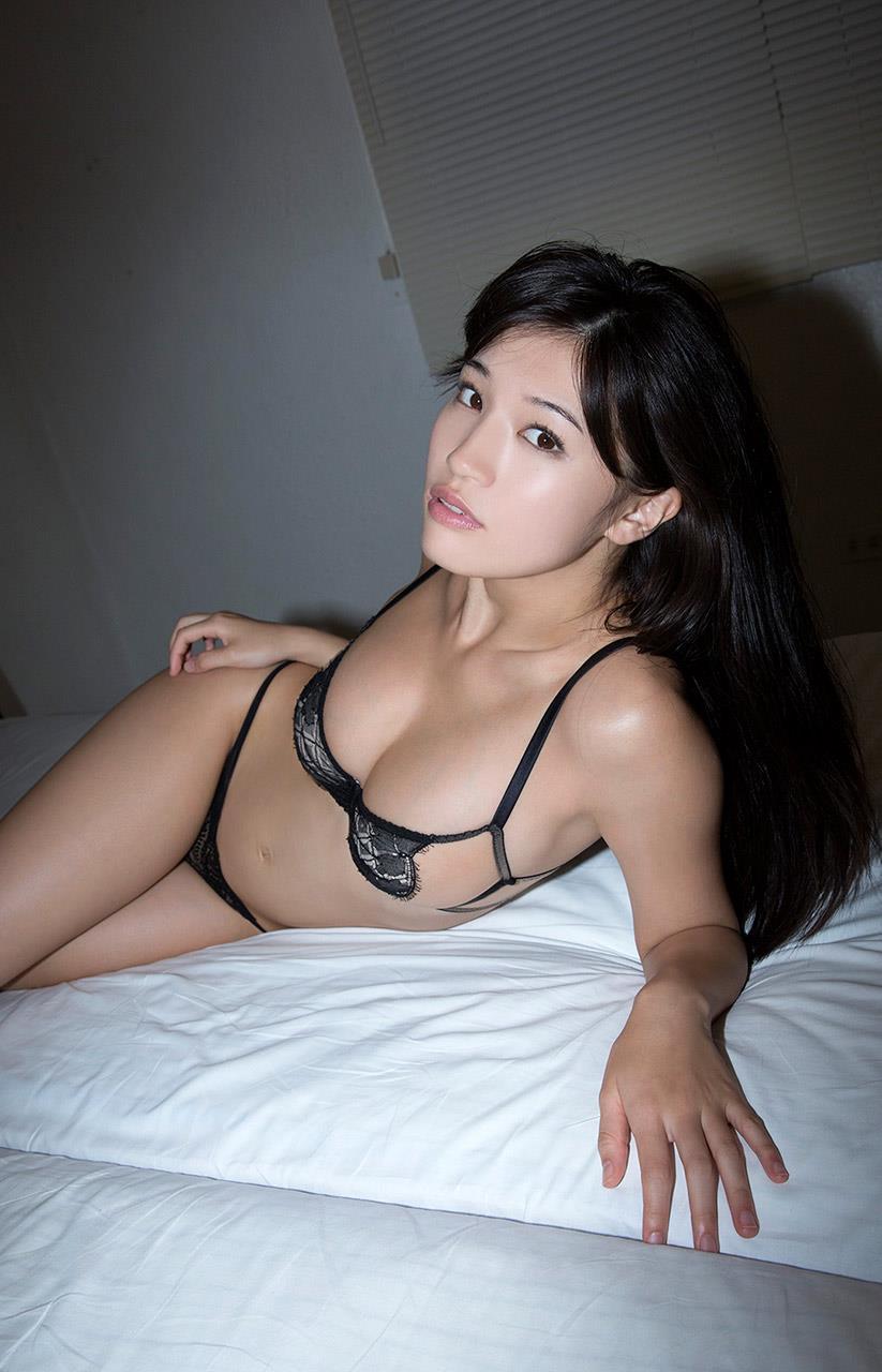 高崎聖子 セクシー画像 86