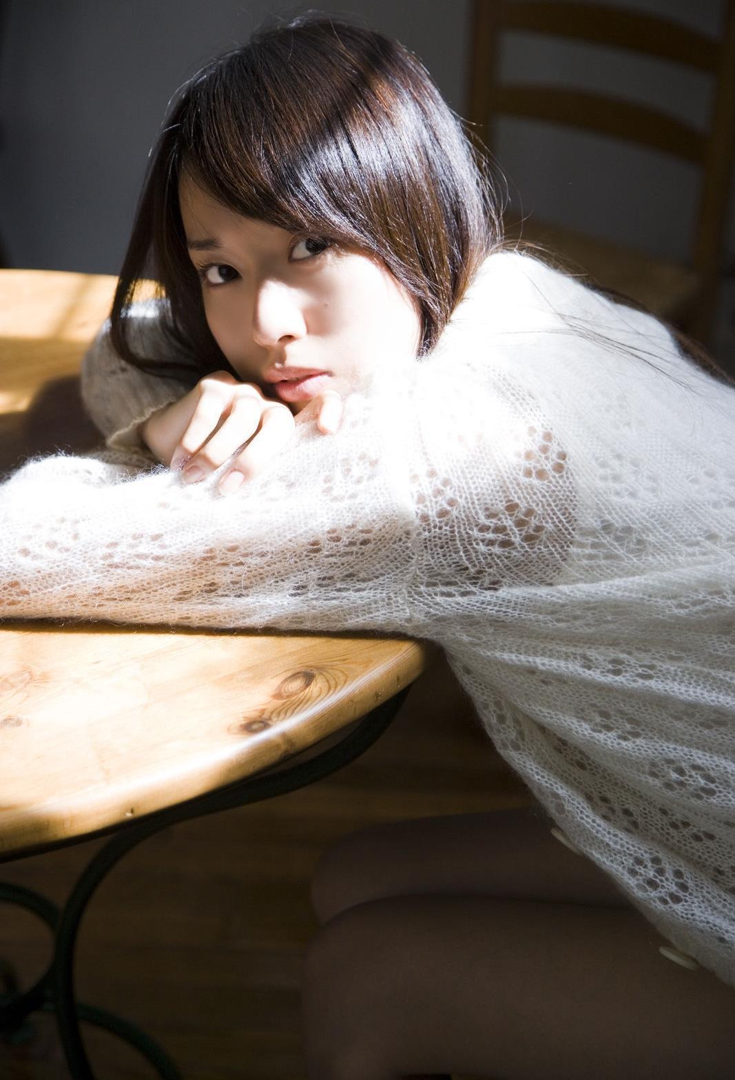 戸田恵梨香 エロ画像 12