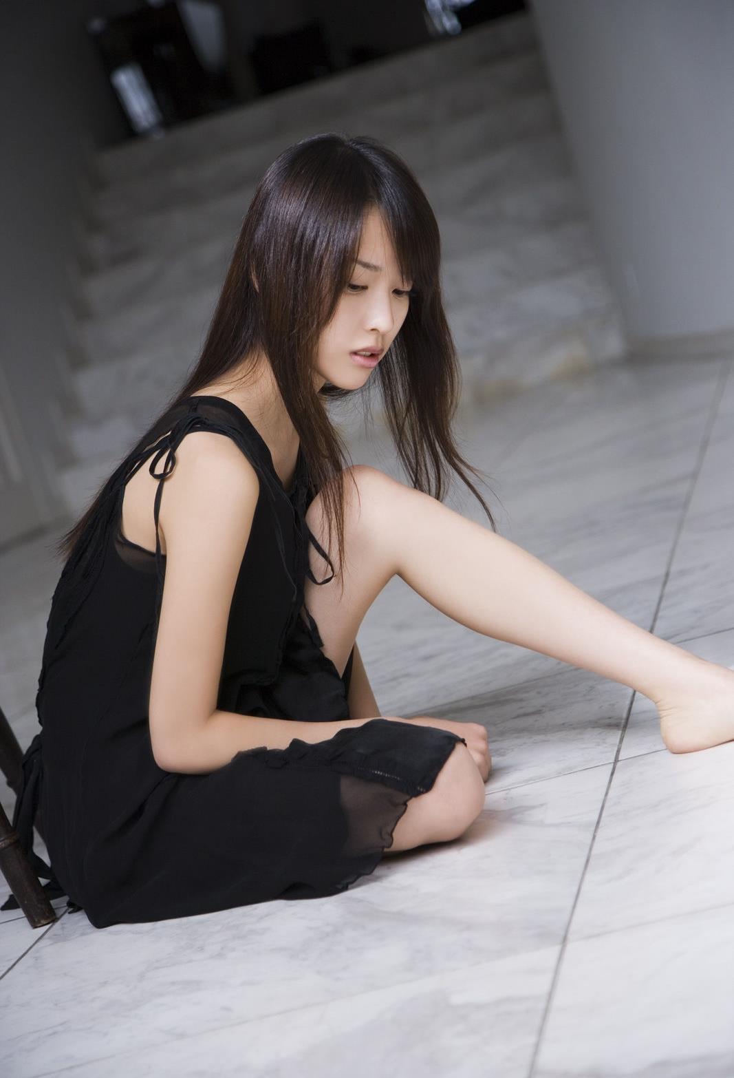 戸田恵梨香 エロ画像 32
