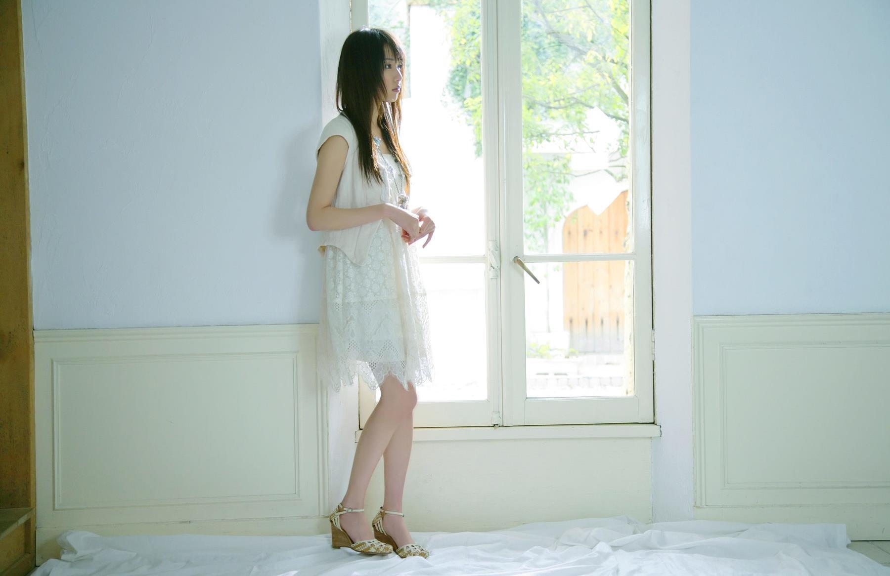 戸田恵梨香 エロ画像 43