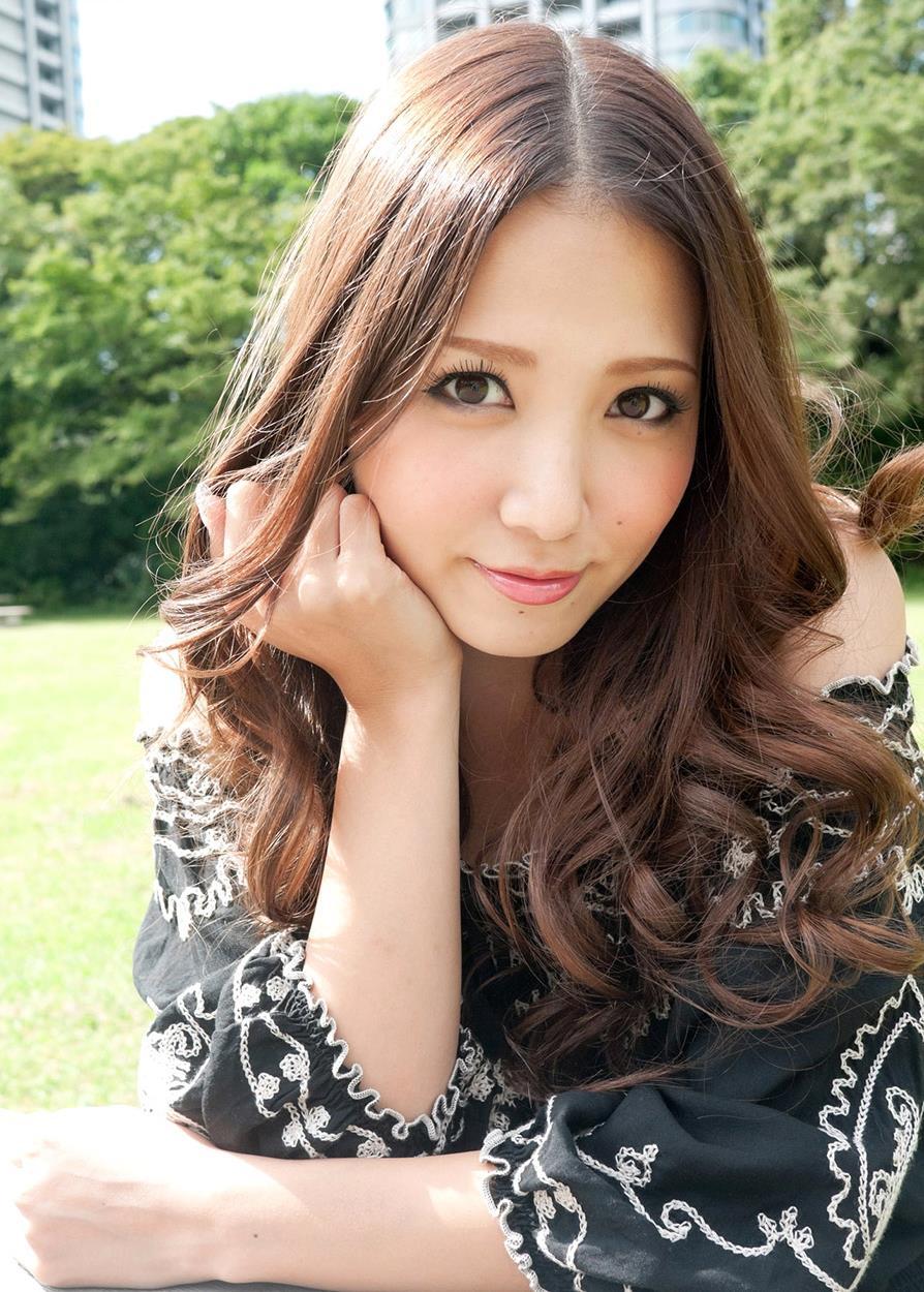 友田彩也香 画像 23