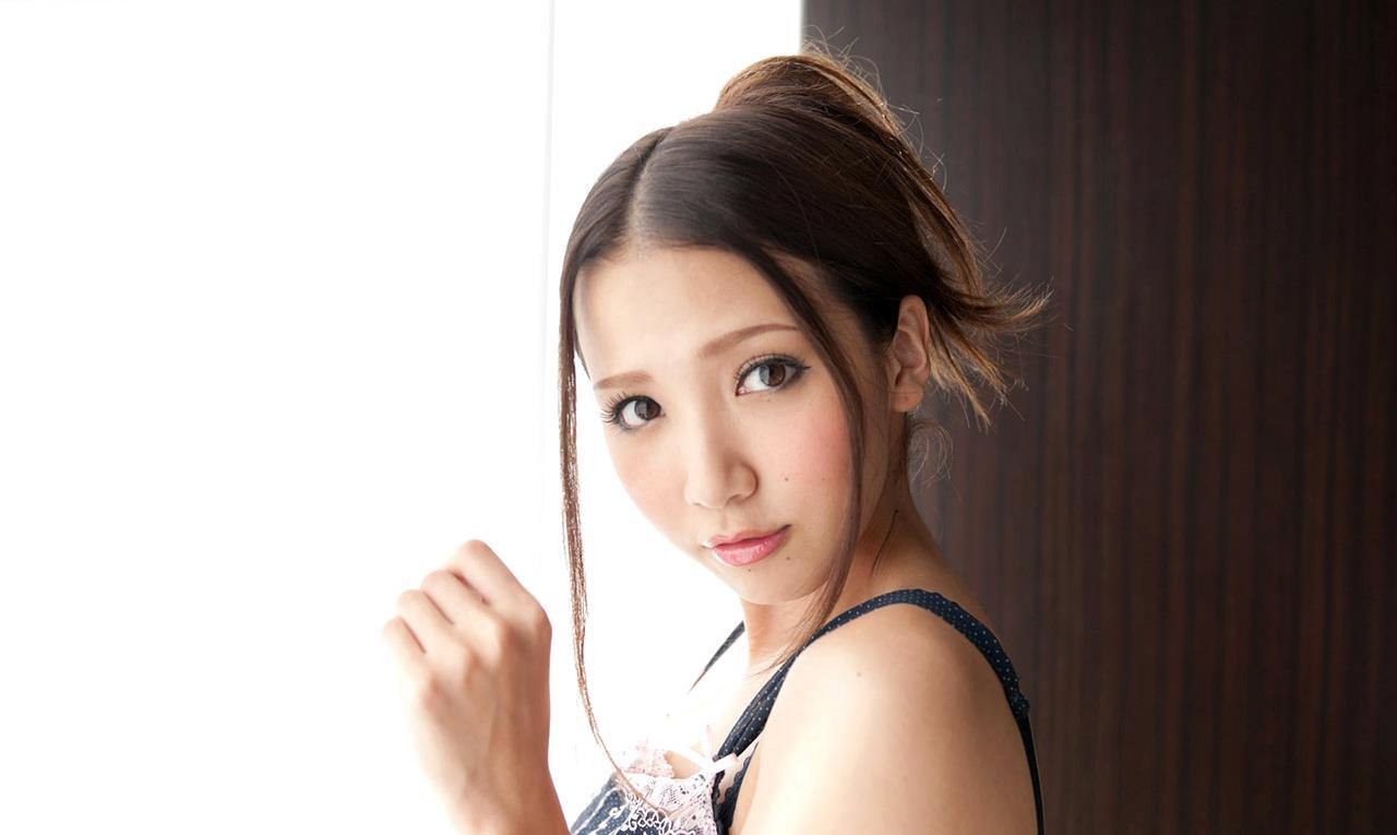 友田彩也香 オナニー・フェラチオ画像 14
