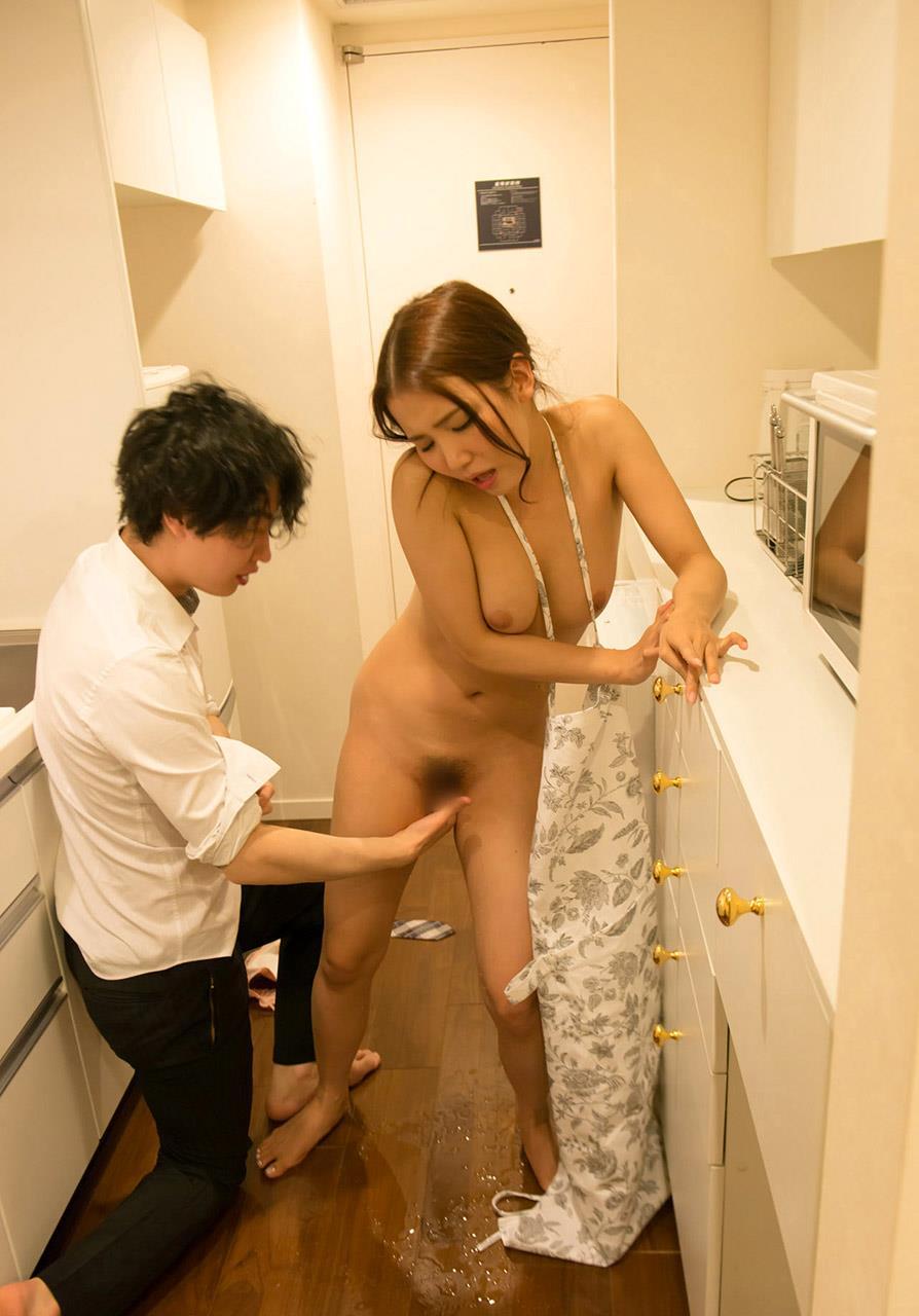 友田彩也香 セックス画像 39