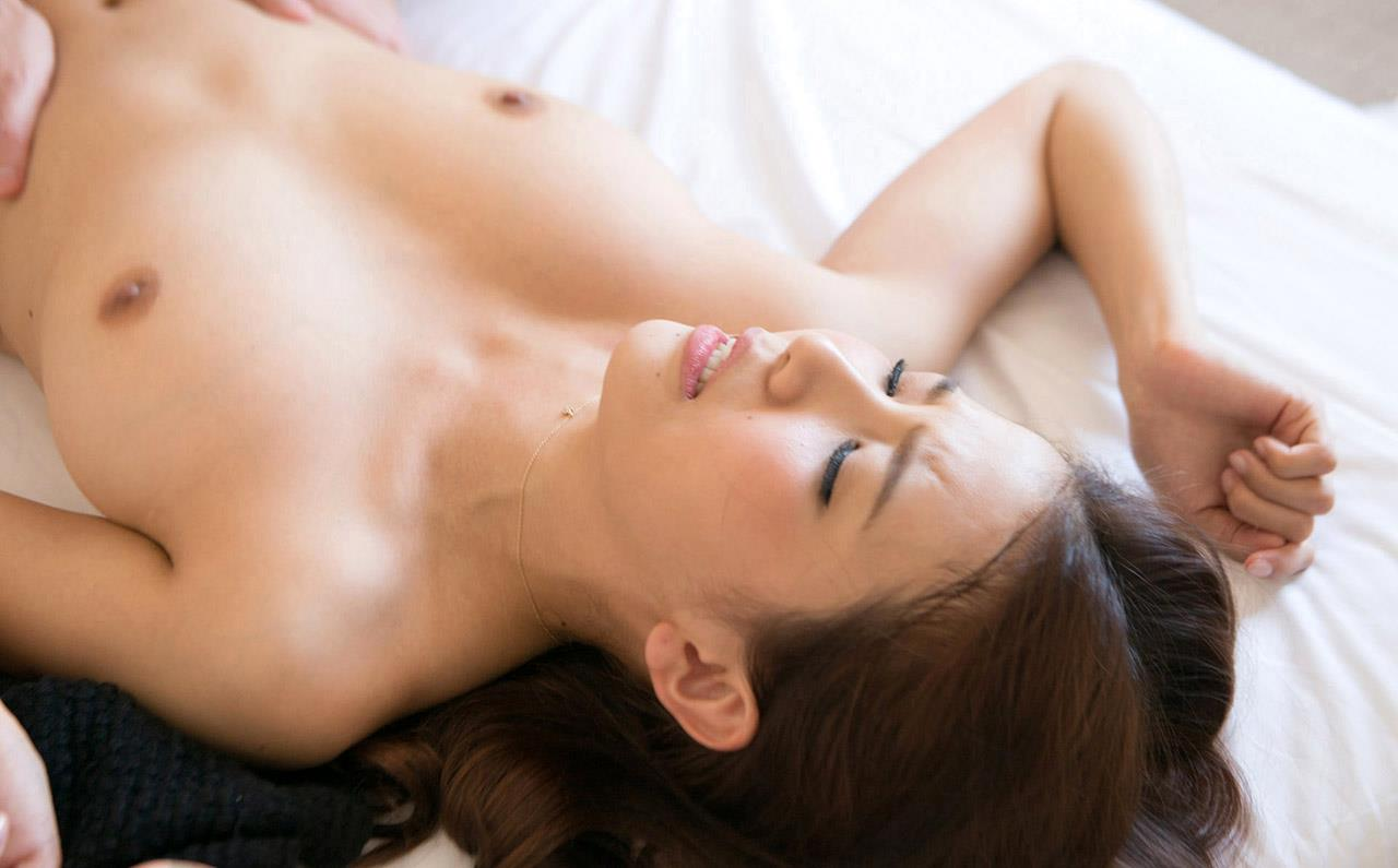 友田彩也香 セックス画像 126