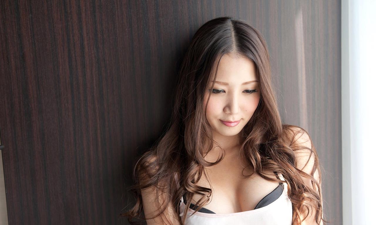 友田彩也香 SEX画像 11