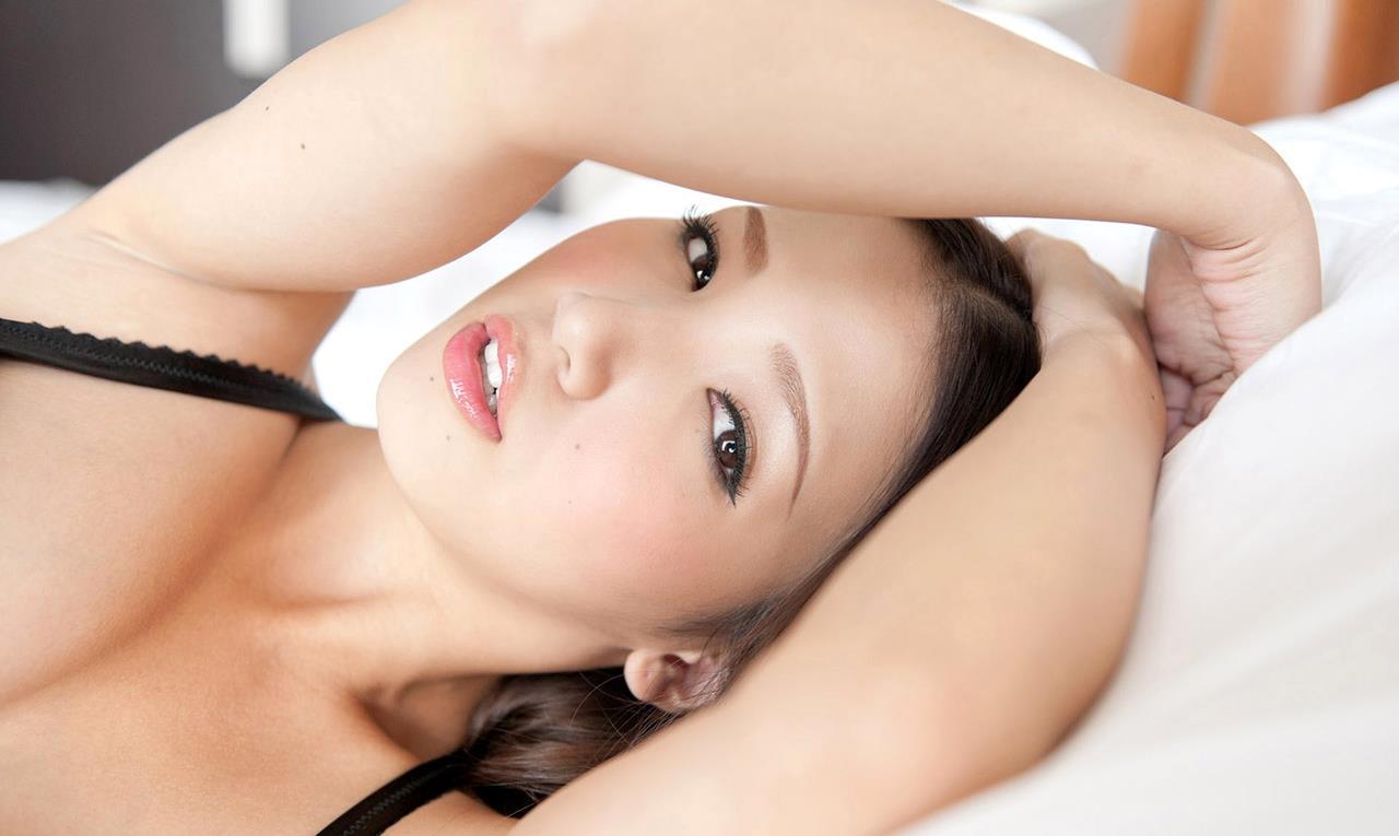 友田彩也香 SEX画像 23
