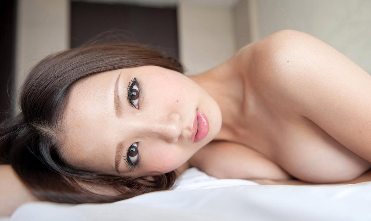 友田彩也香 SEX画像 26