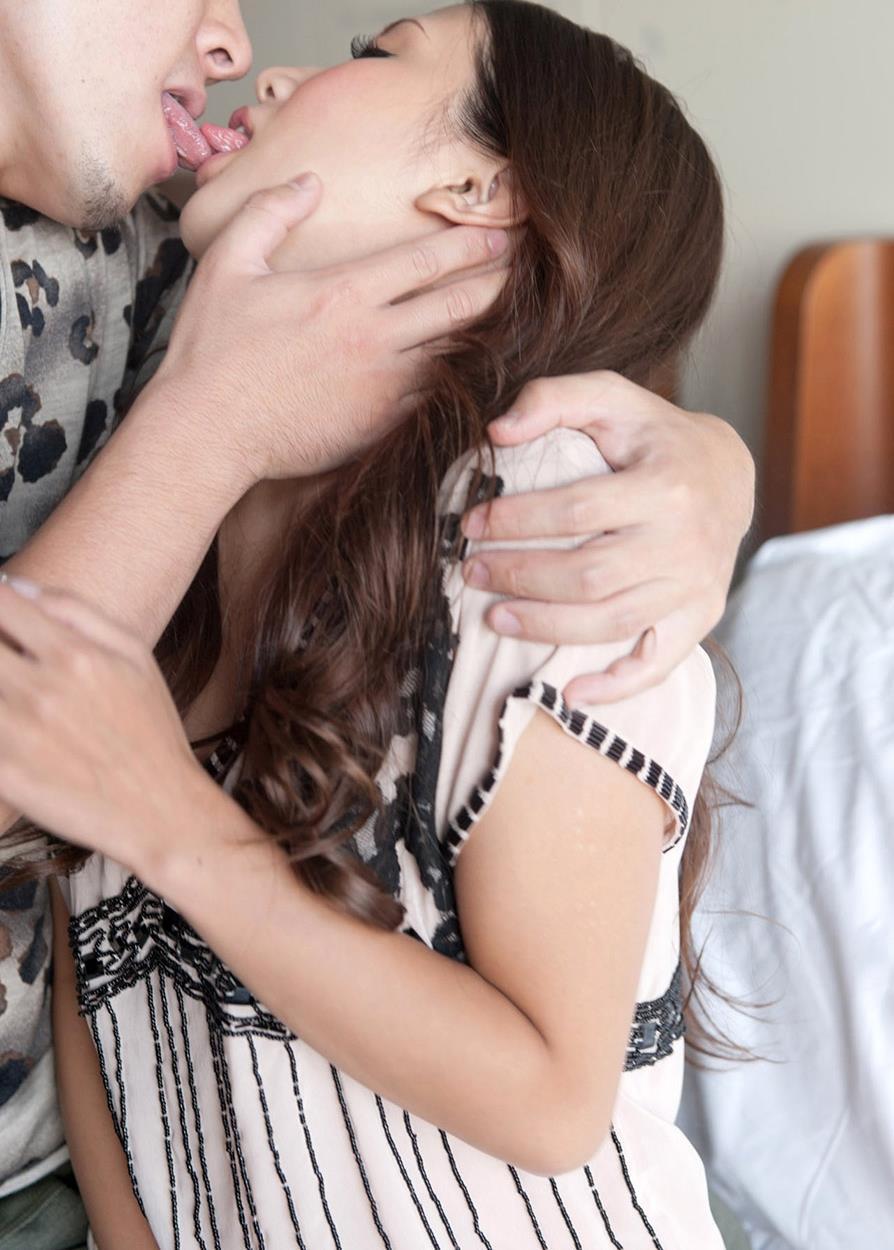 友田彩也香 SEX画像 37