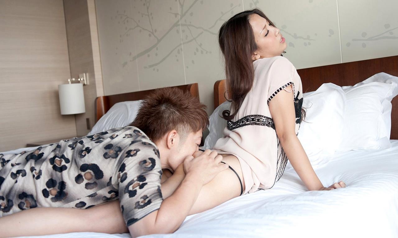 友田彩也香 SEX画像 44