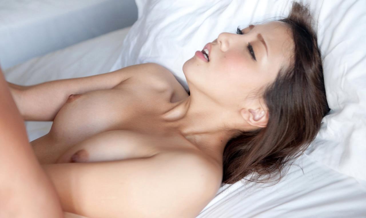 友田彩也香 SEX画像 68