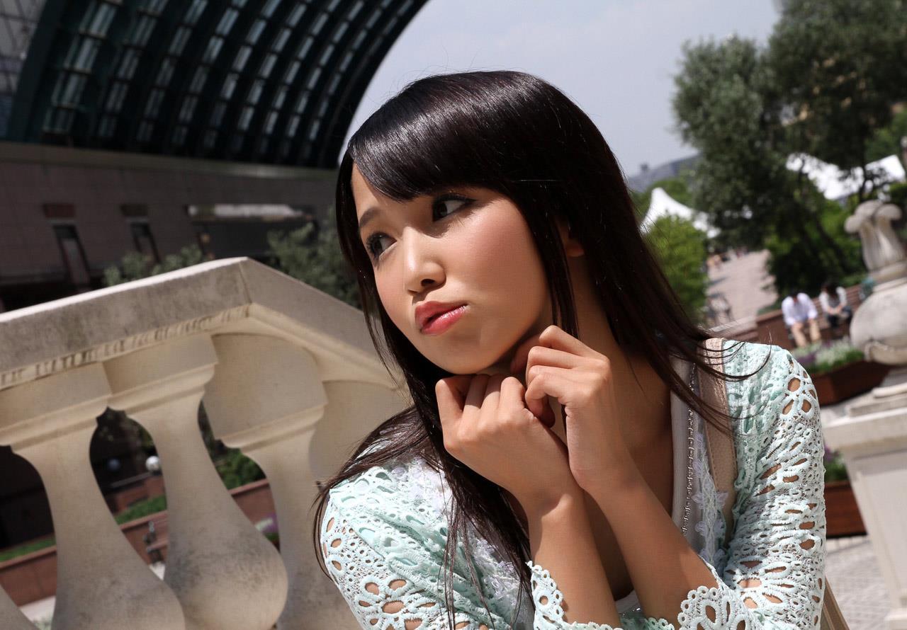 友田彩也香 エロ画像 12