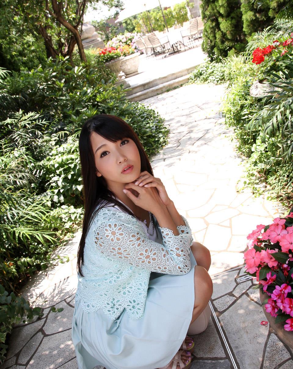 友田彩也香 エロ画像 20