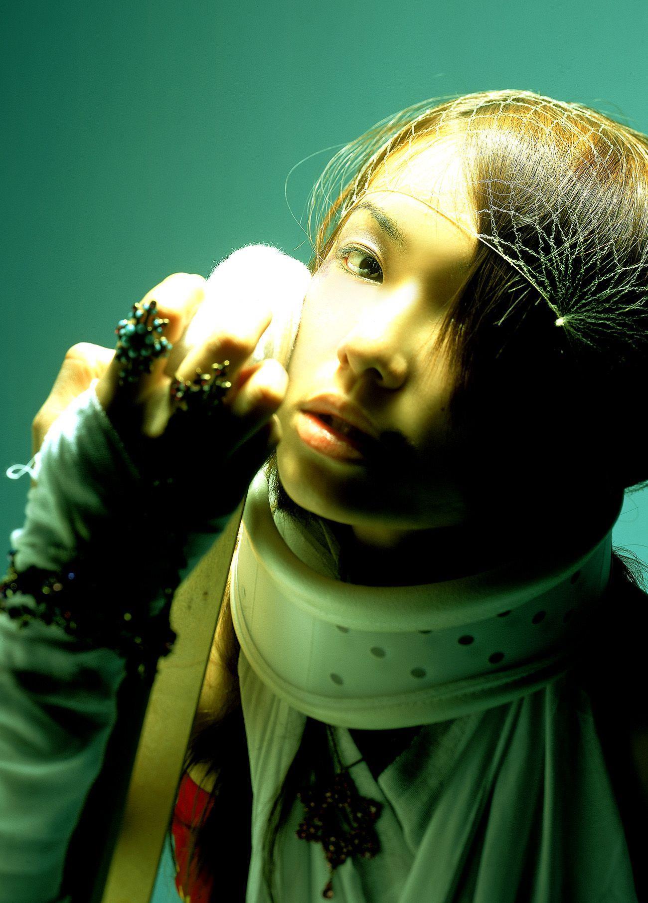 内山理名 エロ画像 16