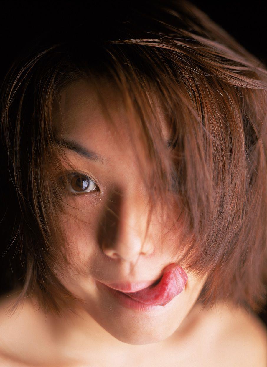 内山理名 エロ画像 88