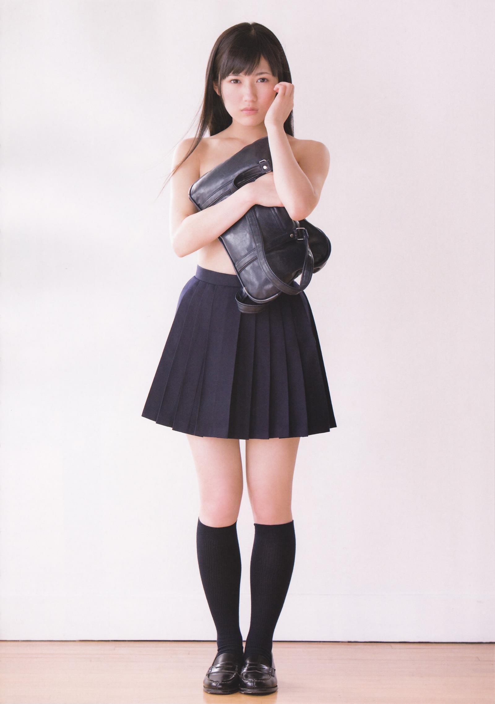 渡辺麻友 写真集「まゆゆ」 画像 12