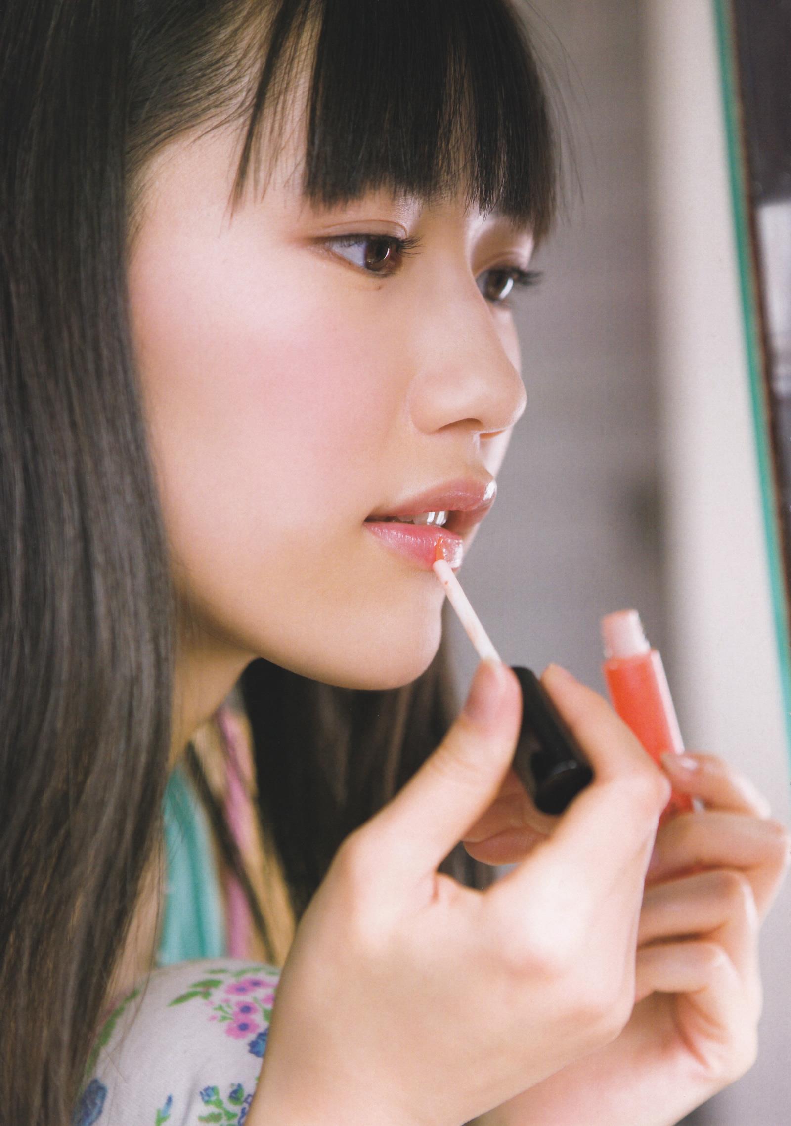 渡辺麻友 写真集「まゆゆ」 画像 15