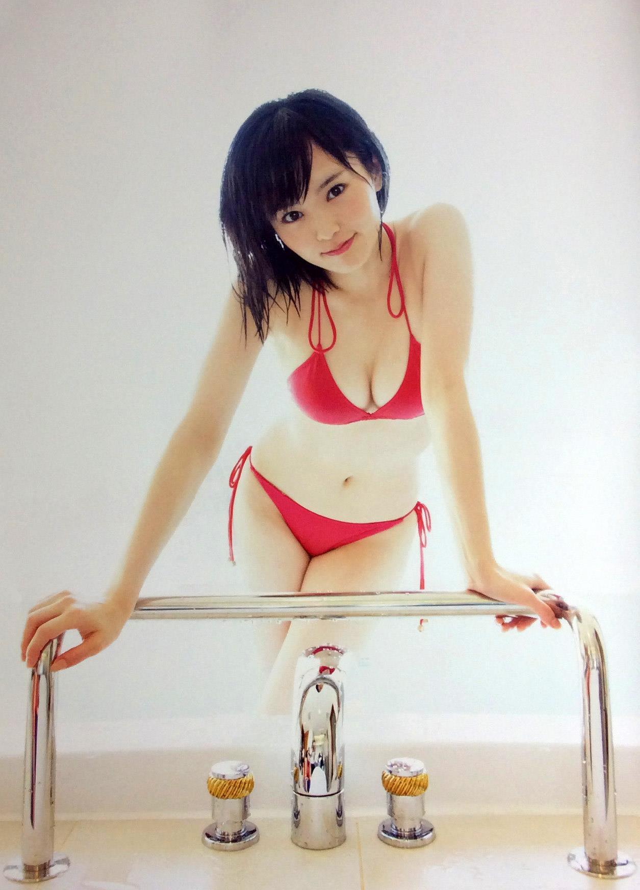 山本彩 エロ画像 72